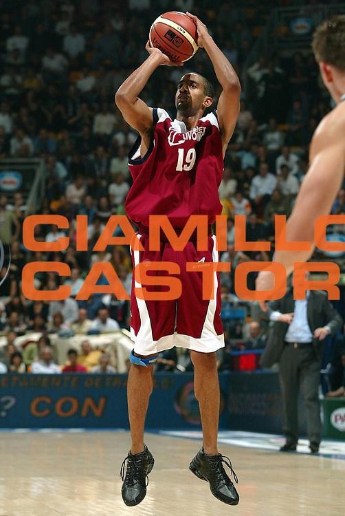 DESCRIZIONE : BOLOGNA CAMPIONATO ITALIANO LEGA A1 STAGIONE 2004-2005 GIOCATORE : NICHOLAS SQUADRA : Livorno Basket DATA : 2010-01-06CATEGORIA : SPORT :  AUTORE : AGENZIA CIAMILLO & CASTORIA/G.Ciamillo