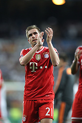 23.04.2014, Estadio Santiago Bernabeu, Madrid, ESP, UEFA CL, Real Madrid vs FC Bayern Muenchen, Halbfinale, Hinspiel, im Bild Enttaeuschung bei Philipp Lahm #21 (FC Bayern Muenchen) // during the UEFA Champions League Round of 4, 1st Leg Match between Real Madrid vs FC Bayern Munich at the Estadio Santiago Bernabeu in Madrid, Spain on 2014/04/23. EXPA Pictures © 2014, PhotoCredit: EXPA/ Eibner-Pressefoto/ Kolbert<br /> <br /> *****ATTENTION - OUT of GER*****
