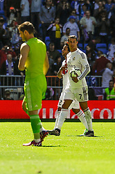 05.04.2015, Estadio Santiago Bernabeu, Madrid, ESP, Primera Division, Real Madrid vs FC Granada, 29. Runde, im Bild Real Madrid&acute;s Cristiano Ronaldo keeps that ball as a souvenir // during the Spanish Primera Division 29th round match between Real Madrid CF and Granada FC at the Estadio Santiago Bernabeu in Madrid, Spain on 2015/04/05. EXPA Pictures &copy; 2015, PhotoCredit: EXPA/ Alterphotos/ Luis Fernandez<br /> <br /> *****ATTENTION - OUT of ESP, SUI*****