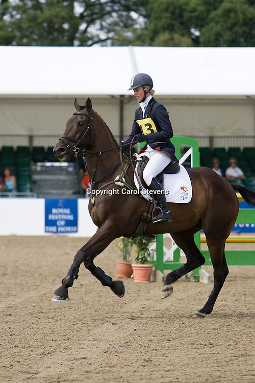 Georgie Spence and Velosity II   Express Eventing 2010