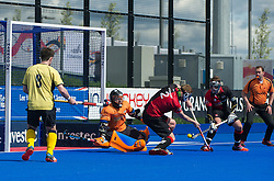 Bowdon defend a Team Bath Buccaneers penatly corner. Bowdon v Team Bath Buccaneers - Now: Pensions Finals Weekend, Lee Valley Hockey & Tennis Centre, London, UK on 11 April 2015. Photo: Simon Parker