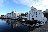 ÅLESUND 20130224. <br /> Oluf Holm huset ved Molja i Ålesund.<br /> Foto: Svein Ove Ekornesvåg