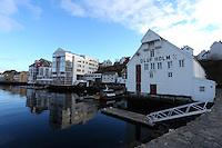 &Aring;LESUND 20130224. <br /> Oluf Holm huset ved Molja i &Aring;lesund.<br /> Foto: Svein Ove Ekornesv&aring;g