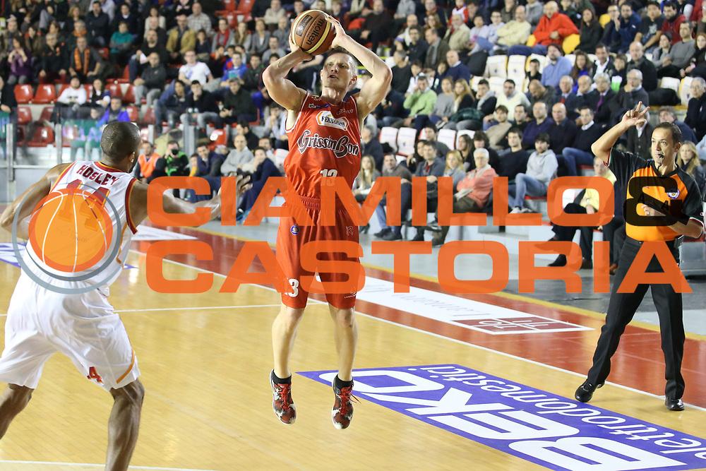 DESCRIZIONE : Roma Campionato Lega A 2013-14 Acea Virtus Roma Grissin Bon Reggio Emilia <br /> GIOCATORE :  Rimantas Kaukenas <br /> CATEGORIA : three points<br /> SQUADRA : Grissin Bon Reggio Emilia<br /> EVENTO : Campionato Lega A 2013-2014<br /> GARA : Acea Virtus Roma Grissin Bon Reggio Emilia <br /> DATA : 22/12/2013<br /> SPORT : Pallacanestro<br /> AUTORE : Agenzia Ciamillo-Castoria/M.Simoni<br /> Galleria : Lega Basket A 2013-2014<br /> Fotonotizia : Roma Campionato Lega A 2013-14 Acea Virtus Roma Grissin Bon Reggio Emilia <br /> Predefinita :