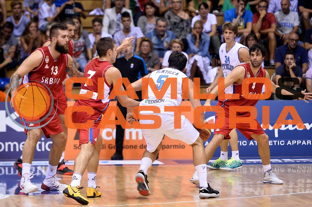 DESCRIZIONE : Trieste Nazionale Italia Uomini Torneo internazionale Italia Serbia Italy Serbia<br /> GIOCATORE : Alessandro Gentile Marco Cusin<br /> CATEGORIA : Palleggio Controcampo Blocco Sequenza<br /> SQUADRA : Italia Italy<br /> EVENTO : Torneo Internazionale Trieste<br /> GARA : Italia Serbia Italy Serbia<br /> DATA : 05/08/2014<br /> SPORT : Pallacanestro<br /> AUTORE : Agenzia Ciamillo-Castoria/GiulioCiamillo<br /> Galleria : FIP Nazionali 2014<br /> Fotonotizia : Trieste Nazionale Italia Uomini Torneo internazionale Italia Serbia Italy Serbia