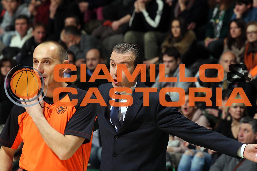 DESCRIZIONE : Siena Eurolega 2011-12 Montepaschi Siena Unicaja Malaga<br /> GIOCATORE : Simone Pianigiani<br /> CATEGORIA : coach<br /> SQUADRA : Montepaschi Siena <br /> EVENTO : Eurolega 2011-2012<br /> GARA : Montepaschi Siena Unicaja Malaga<br /> DATA : 08/02/2012<br /> SPORT : Pallacanestro <br /> AUTORE : Agenzia Ciamillo-Castoria/ElioCastoria<br /> Galleria : Eurolega 2011-2012<br /> Fotonotizia : Siena Eurolega 2011-12 Montepaschi Siena Unicaja Malaga<br /> Predefinita :
