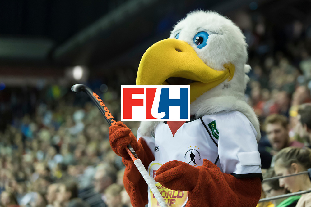 Hockey, Seizoen 2017-2018, 09-02-2018, Berlijn,  Max-Schmelling Halle, WK Zaalhockey 2018 MEN, Germany - Switzerland 3-0, mascotte Worldsportpics copyright Willem Vernes