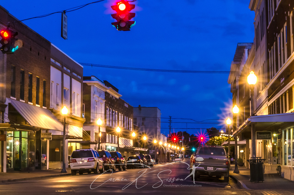 Howard Street, in downtown Greenwood, Mississippi, is a popular shopping destination, with locally-owned stores like Turnrow Book Company and Mississippi Gift Company. (Photo by Carmen K. Sisson/Cloudybright)
