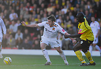 Photo: Leigh Quinnell.<br /> Watford v Hull City. Coca Cola Championship. 20/10/2007. Hulls Stephen McPhee gets away from Watfords Dan Shittu.