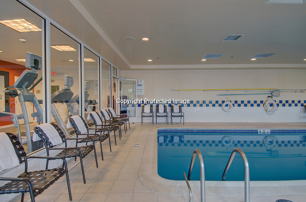 Hilton Garden Inn Norwalk, CT Pool