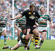 Twickenham, Great Britain. Tiger's Ian HUMPHREYS, get in the low tackle on Wasps James HASKELL, during the 2007 Heineken Cup Final, between Leicester Tigers and London Wasps. RFU Stadium, London,  Sun 20.05.2007. [Credit: Peter Spurrier/Intersport Images]   [Mandatory Credit, Peter Spurier/ Intersport Images].