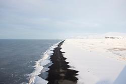 Beach west of Dyrholaey, Iceland - strönd vestan við Dyrhólaey