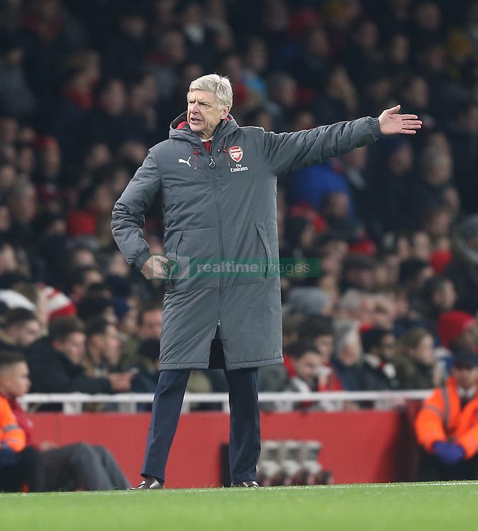 02 December 2017 London : Premier League Football : Arsenal v Manchester United - protest from Arsenal manager Arsene Wenger.<br /> (photo by Mark Leech)