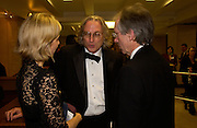 Sarah Lyall, Morgan Entrekin and Ian McEwan, The Man Booker prize awards ceremony 2004 . The Royal Horticultural Hall, 19 October 2004. ONE TIME USE ONLY - DO NOT ARCHIVE  © Copyright Photograph by Dafydd Jones 66 Stockwell Park Rd. London SW9 0DA Tel 020 7733 0108 www.dafjones.com