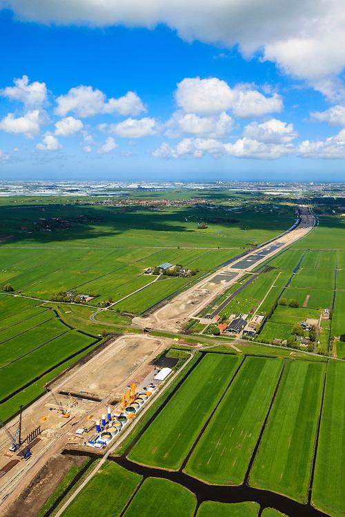 Nederland, Zuid-Holland, Midden-Delfland, 09-05-2013; aanleg A4 Midden-Delfland door  Polder Vockestaert. Delft en Den Haag aan de horizon...QQQ.luchtfoto (toeslag op standard tarieven).aerial photo (additional fee required).copyright foto/photo Siebe Swart