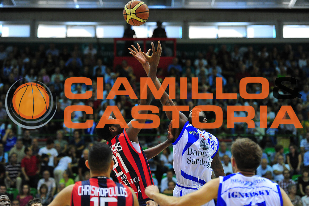 DESCRIZIONE : Sassari Lega A 2012-13 Dinamo Sassari Angelico Biella<br /> GIOCATORE : Tony Easley<br /> CATEGORIA : Palla a due<br /> SQUADRA : Dinamo Sassari - Angelico Biella<br /> EVENTO : Campionato Lega A 2012-2013 <br /> GARA : Dinamo Sassari Angelico Biella<br /> DATA : 30/09/2012<br /> SPORT : Pallacanestro <br /> AUTORE : Agenzia Ciamillo-Castoria/M.Turrini<br /> Galleria : Lega Basket A 2012-2013  <br /> Fotonotizia : Sassari Lega A 2012-13 Dinamo Sassari Angelico Biella<br /> Predefinita :