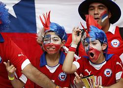 18-06-2014 BRA: World Cup Spanje - Chili, Rio Janeiro<br /> Chili wint met 2-0 van Spanje die door deze uitslag is  uitgeschakeld / Chile's fans cheer support<br /> <br /> *** NETHERLANDS ONLY ***