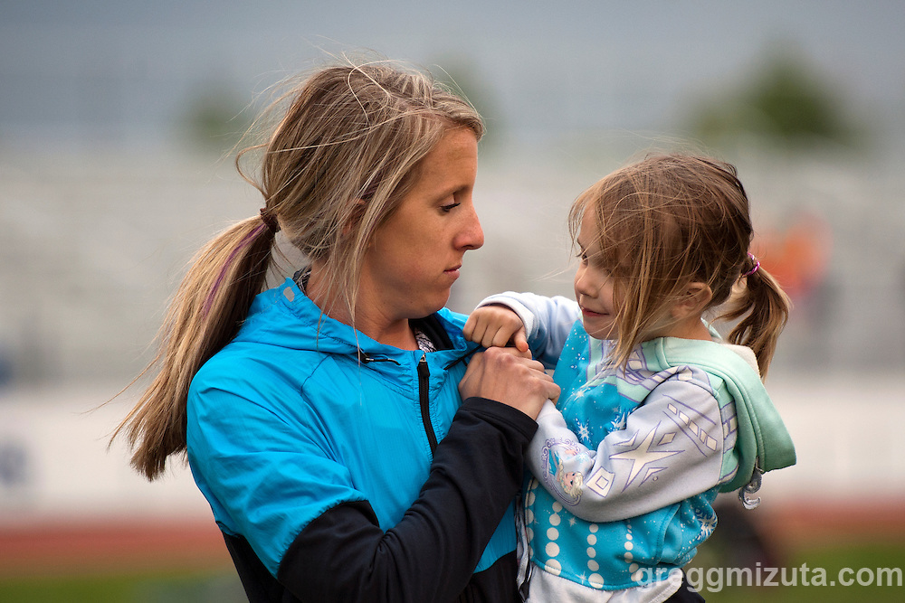 Megan Axtman. YMCA Track & Field Invitational at Mountain View High School, Meridian, Idaho. April 22, 2016