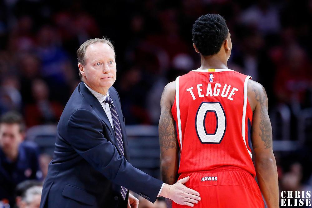05 January 2014: Atlanta Hawks head coach Mike Budenholzer congratulates Atlanta Hawks guard Jeff Teague (0) during the Atlanta Hawks 107-98 victory over the Los Angeles Clippers, at the Staples Center, Los Angeles, California, USA.