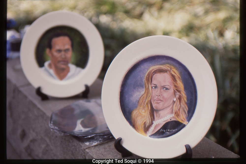 The OJ Simpson trial and media circus.<br /> Plates depicting portraits of OJ Simpson and Nicole Brown for sale outside the Criminal Courthouse.