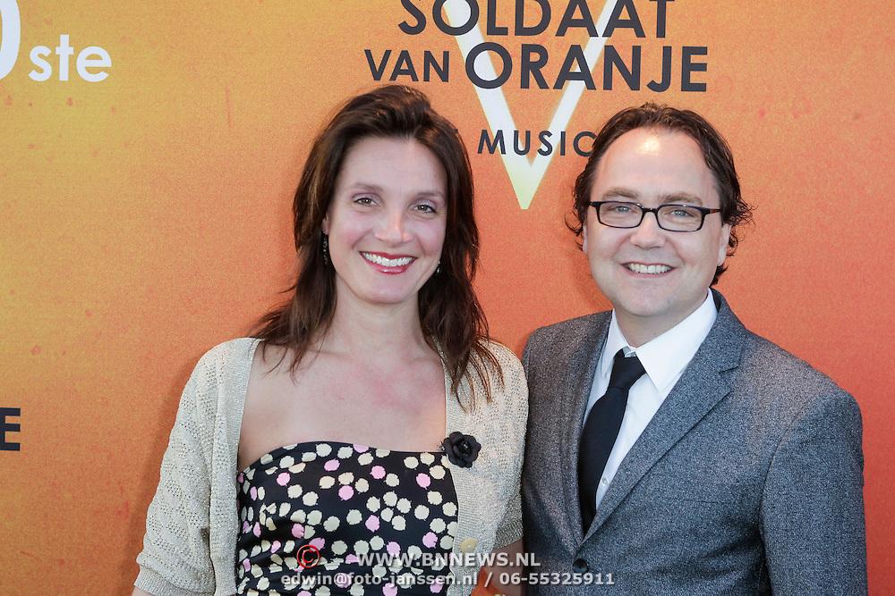 NLD/Katwijk/20120325 - 500ste Voorstelling musical Soldaat van Oranje, Fred Boot en partner