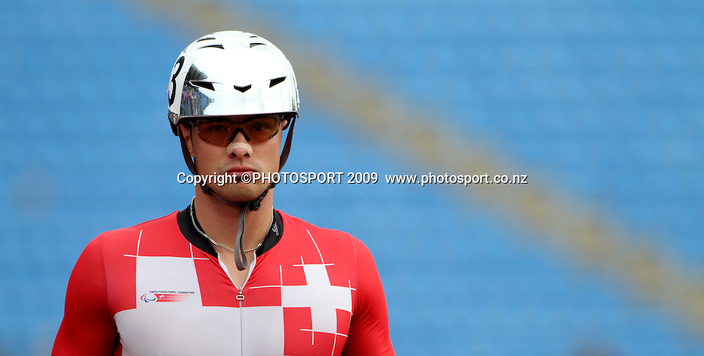 Marcel Hug waits for the start of the mens 800m T54 final. Day two. IPC Athletics World Championship, 23 January 2011 QE11 Stadium, Christchurch. New Zealand. Photo: John Cowpland / photosport.co.nz