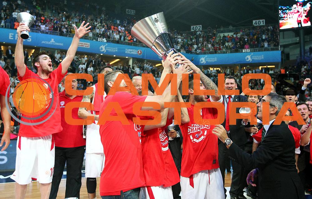 DESCRIZIONE : Istanbul Eurolega Eurolegue 2011-12 Final Four Finale Final CSKA Moscow Olympiacos<br /> GIOCATORE : Georgios Printezis Vassilis Spanoulis<br /> SQUADRA : Olympiacos<br /> EVENTO : Eurolega 2011-2012<br /> GARA : CSKA Moscow Olympiacos<br /> DATA : 13/05/2012<br /> CATEGORIA : <br /> SPORT : Pallacanestro<br /> AUTORE : Agenzia Ciamillo-Castoria<br /> Galleria : Eurolega 2011-2012<br /> Fotonotizia : Istanbul Eurolega Eurolegue 2010-11 Final Four Finale Final CSKA Moscow Olympiacos<br /> Predefinita :