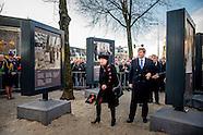 AMSTERDAM - Koning Willem-Alexander begeleid een kranslegging tijdens de herdenking van de Februaris