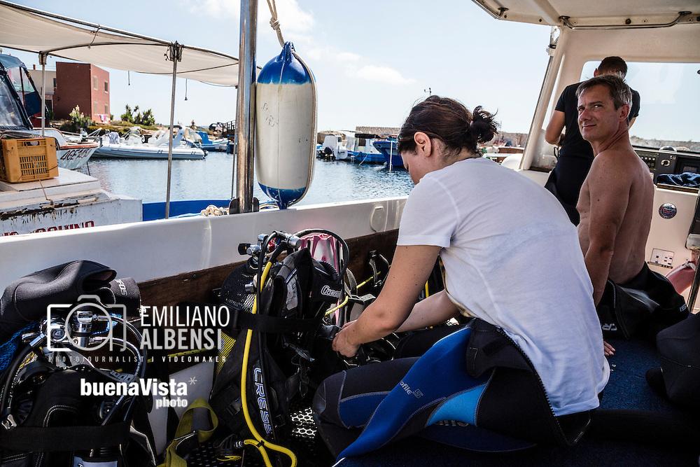 Favignana, Sicilia, Italia, 2016<br /> Centro diving a Favignana. Le immersioni sono una delle principali attivit&agrave; turistiche dell'isola.<br /> <br /> Favignana, Sicily, Italy, 2016<br /> Diving center in Favignana, Aegadian Islands. Diving is one of the main touristic activities of the island.