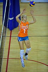 29-10-2011 VOLLEYBAL: NEDERLAND - BELGIE: ALMERE<br /> De eerste oefenwedstrijd als voorbereiding op het pre OKT wordt met 3-0 gewonnen van Belgie / Kim Staelens<br /> ©2011-WWW.FOTOHOOGENDOORN.NL