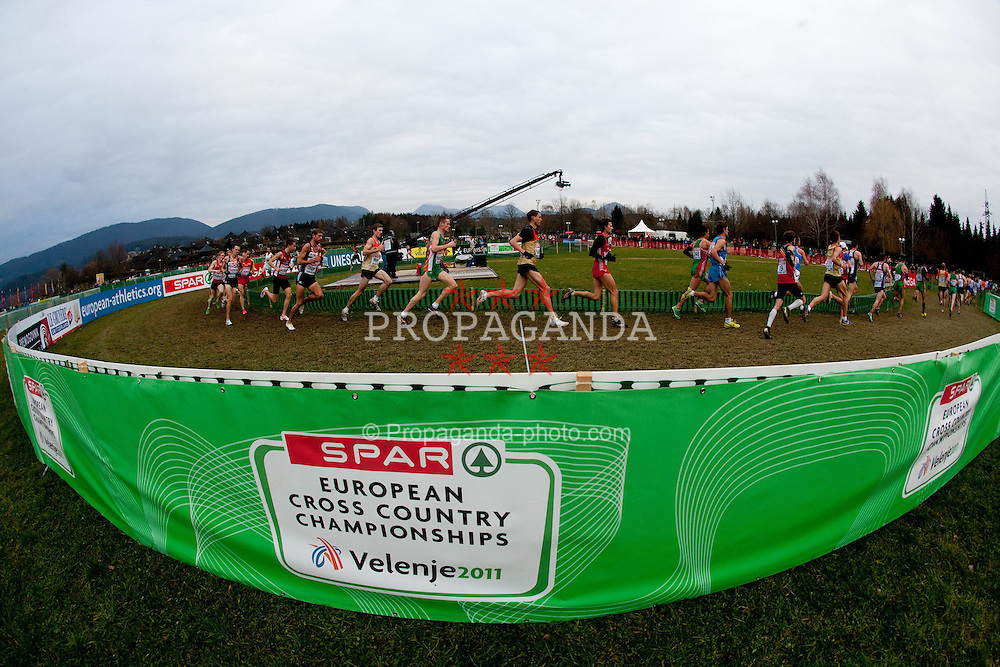 11.12.2011, Stadium Ob jezeru, Velenje, SLO, Crosslauf Europameisterschaft 2011, im Bild Athletes // during the Senior Men's race during the 18th SPAR European Cross Country Championships Velenje 2011, on December 11, 2011 in Stadium Ob jezeru, Velenje, Slovenia. EXPA Pictures © 2011, PhotoCredit: EXPA/ Sportida/ Vid Ponikvar..***** ATTENTION - OUT OF SLO *****