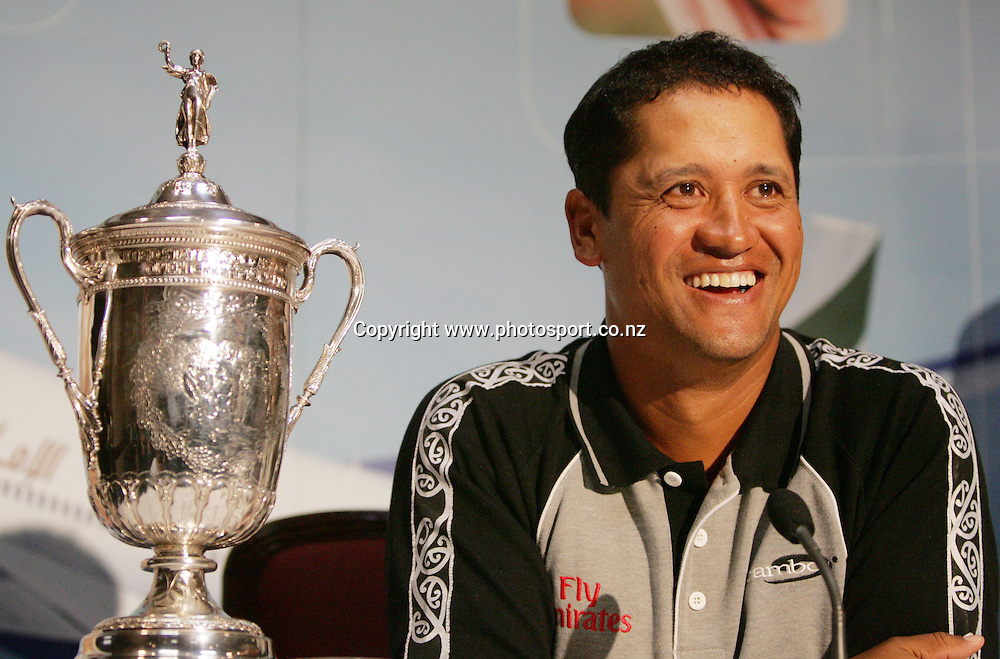 2005 US Golf Open Champion Michael Campbell talks to the press after arriving in Auckland this afternoon at Auckland International Airport, Auckland, New Zealand on Wednesday 27 July, 2005. Photo: Hannah Johnston/PHOTOSPORT<br />