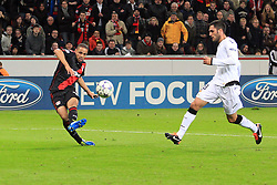 19.10.2011, BayArena, Leverkusen, GER, UEFA CL, Gruppe E, Bayer Leverkusen (GER) vs Valencia CF (ESP), im Bild.Torschuss zum 2:1 durch Sidney Sam (Leverkusen #18) ..// during the UEFA CL, group E, Bayer 04 Leverkusen (GER) vs Valencia CF (ESP) on 2011/10/19, at BayArena, Leverkusen, Germany. EXPA Pictures © 2011, PhotoCredit: EXPA/ nph/  Mueller       ****** out of GER / CRO  / BEL ******
