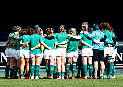 Ireland Players Huddle during the pre match warm up<br /> <br /> Photographer Simon King/Replay Images<br /> <br /> Six Nations Round 5 - Wales Women v Ireland Women- Sunday 17th March 2019 - Cardiff Arms Park - Cardiff<br /> <br /> World Copyright © Replay Images . All rights reserved. info@replayimages.co.uk - http://replayimages.co.uk