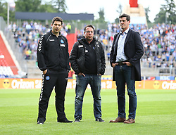 01.06.2015, Wildparkstadion, Karlsruhe, GER, 1. FBL, Karlsruher SC vs Hamburger SV, Relegation, im Bild Markus Kauczinski (Karlsruher SC) mit Jens Todt und Argirios Giannikis (Karlsruher SC), // during the German Bundesliga relegation 2nd Leg Match between Karlsruher SC and Hamburger SV at the Wildparkstadion in Karlsruhe, Germany on 2015/06/01. EXPA Pictures © 2015, PhotoCredit: EXPA/ Eibner-Pressefoto/ Neis<br /> <br /> *****ATTENTION - OUT of GER*****