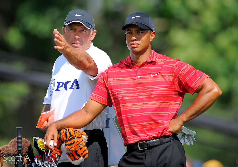 Aug 16, 2009; Chaska, MN, USA; Tiger Woods (USA), right, with his caddie Steve Williams on the 8th tee box during the final round of the 2009 PGA Championship at Hazeltine National Golf Club.  ©2009 Scott A. Miller