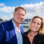 NLD/Amsterdam/20160829 - Seizoenspresentatie RTL 2016 / 2017, Albert Verlinde en Angela Groothuizen