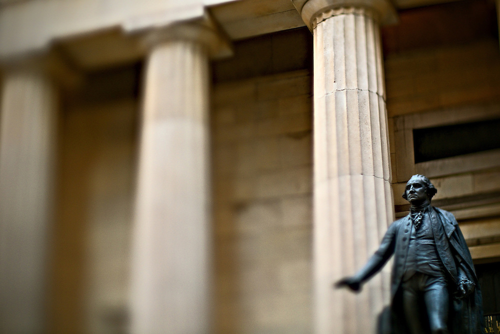 Statue of  George Washington outside Federal Hall, site of his first inauguration as president of the United States, New York, NY, US