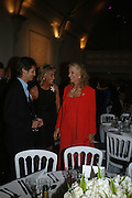 LORD EDWARD  SOMERSET, LEONNIE FRIEDA AND PRINCESS MICHAEL OF KENT, Dinner in aid of 'Action Trust For the Blind organised by Matthew Carr. 20th Century Theatre. Westbourne Gro. London. 26 September 2007. -DO NOT ARCHIVE-© Copyright Photograph by Dafydd Jones. 248 Clapham Rd. London SW9 0PZ. Tel 0207 820 0771. www.dafjones.com.