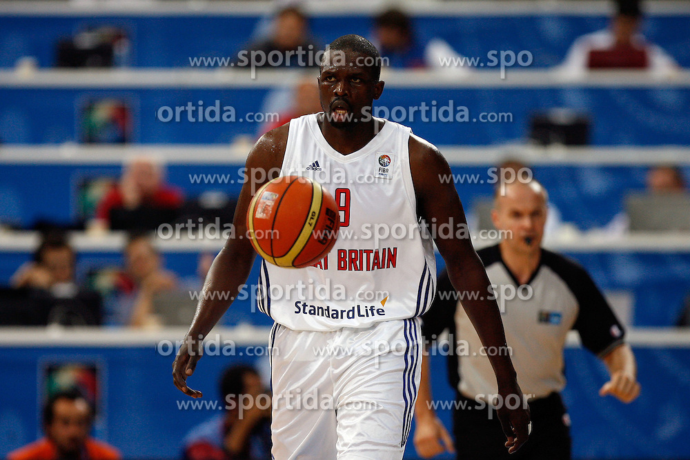 01.09.2011, Panevezio Arena, Panevezys, LTU, FIBA EuroBasket 2011, Tuerkei vs England, im Bild luol deng. // during the FIBA EuroBasket 2011 match between Turkey and Great Britain at Panevezio Arena Lithuania on 1/9/2011. EXPA Pictures © 2011, PhotoCredit: EXPA/ Newspix/ Wojciech Figurski +++++ ATTENTION - FOR AUSTRIA/(AUT), SLOVENIA/(SLO), SERBIA/(SRB), CROATIA/(CRO), SWISS/(SUI) and SWEDEN/(SWE) CLIENT ONLY +++++