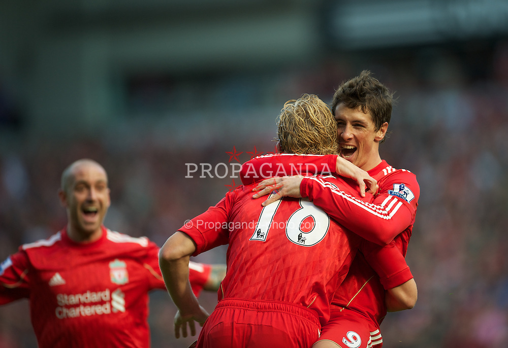 LIVERPOOL, ENGLAND - Saturday, September 25, 2010: Liverpool's Dirk Kuyt celebrates scoring his side's opening goal against Sunderland with team-mate Fernando Torres during the Premiership match at Anfield. (Photo by David Rawcliffe/Propaganda)