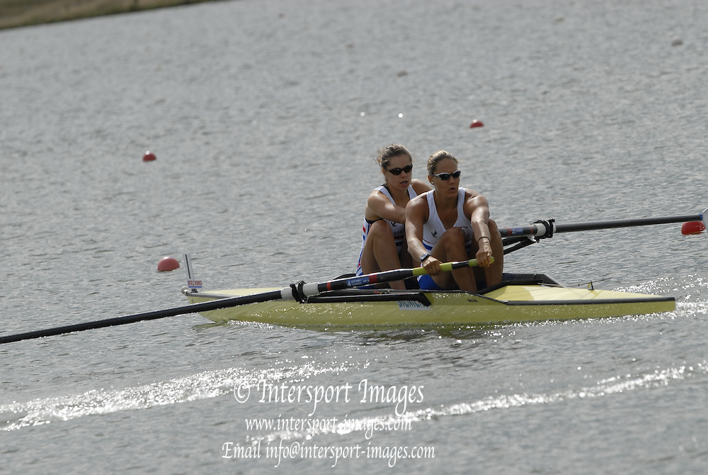 Eton, GREAT BRITAIN, GBR W2- Bow, Baz MOFFAT and Jessica-Jane EDDIE, 2006 World Rowing Championships, 22/08/2006.  Photo  Peter Spurrier, © Intersport Images,  Tel +44 [0] 7973 819 551,  email images@intersport-images.com. , Rowing Courses, Dorney Lake, Eton. ENGLAND