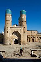 Ouzbekistan, Boukhara, patrimoine mondial de l Unesco, Medersa Char Minar (4 minarets) // Uzbekistan, Bukhara, Unesco world heritage, Char Minar madrasah (four minar)