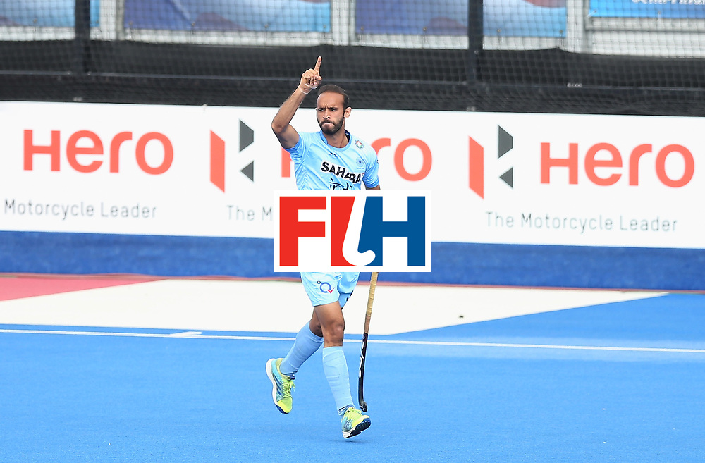 LONDON, ENGLAND - JUNE 24:  Ramandeep Singh of India celebrates scoring their teams first goal during the 5th-8th place match between Pakistan and India on day eight of the Hero Hockey World League Semi-Final at Lee Valley Hockey and Tennis Centre on June 24, 2017 in London, England.  (Photo by Alex Morton/Getty Images)