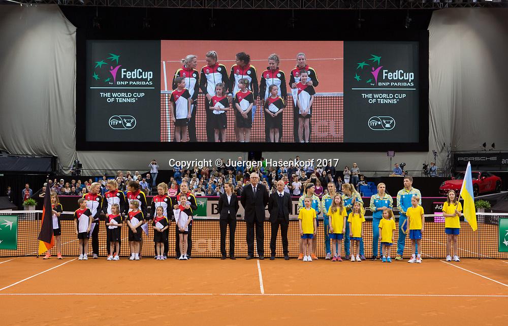 Fed Cup GER-UKR, Deutschland - Ukraine, <br /> Eroeffnungs Zeremonie,<br /> L-R Team Germany und Team Ukraine