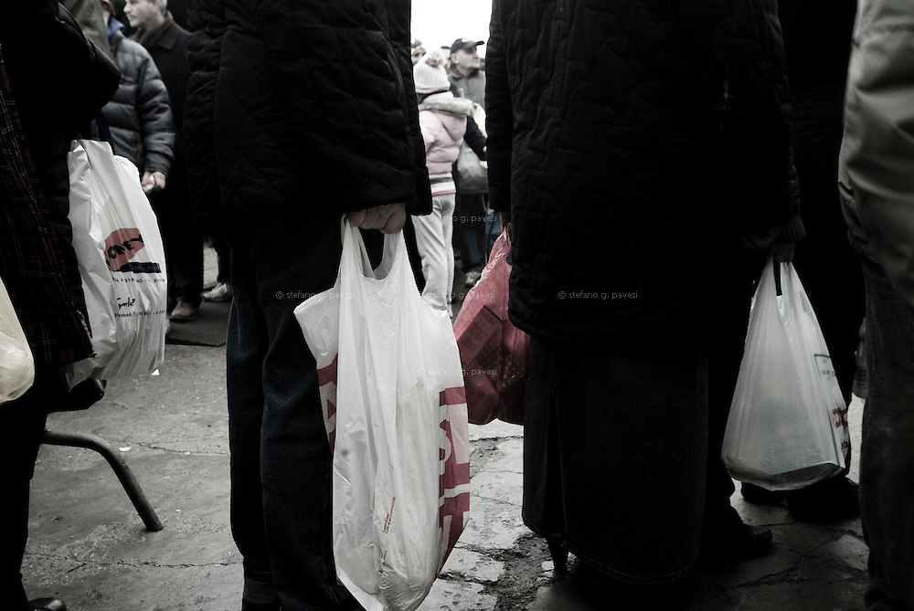 &quot;Daily bread&quot; is an Italian ngo operating in Milan operating since 1898.<br /> Every day from Monday to Saturday volunteers distribute bread and other food to everyone in state of need, particularly weak and vulnerable. <br /> Every day more than 2500 people swell the rows of who ask for food; more than 3.500 on Saturday.<br /> Immigrants and Italians unemployed, pensioned; due to the internal and international economic crisis the number is increasing rapidly.<br /> The average in 1991 was more or less of 80.000 people a year. For the first half of 2008 was already of 296.558.<br /> Evaluations expects that for the end of 2009 the number of unemployed people reach the 12%.