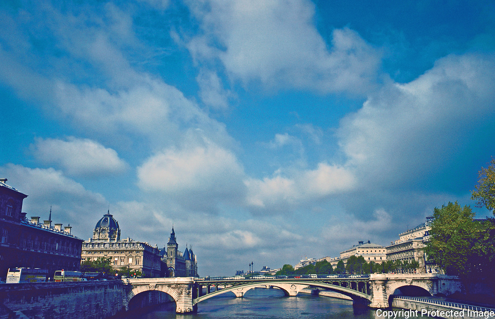 "Pont Notre Dame from Ponte d""Arcole from the Ile De Le Cite to the Rive Doit, Paris France"