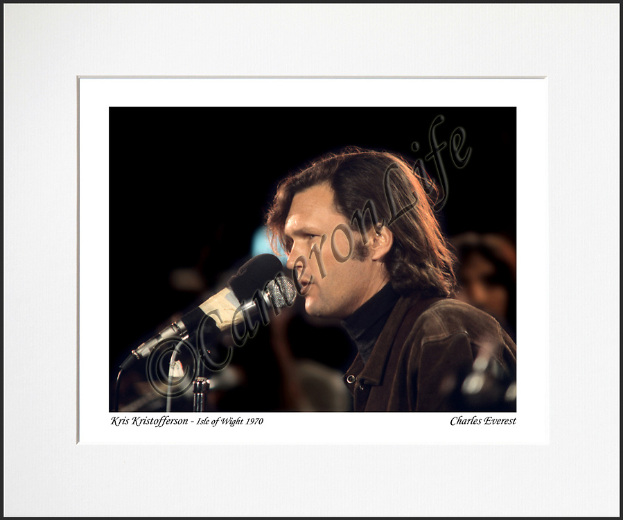 Kris Kristofferson - An affordable archival quality matted print ready for framing at home.<br /> Ideal as a gift or for collectors to cherish, printed on Fuji Crystal Archive photographic paper set in a neutral mat (all mounting materials are acid free conservation grade). <br /> The image (approx 6&quot;x8&quot;) sits within a titled border. The outer dimensions of the mat are approx 10&quot;x12&quot;.