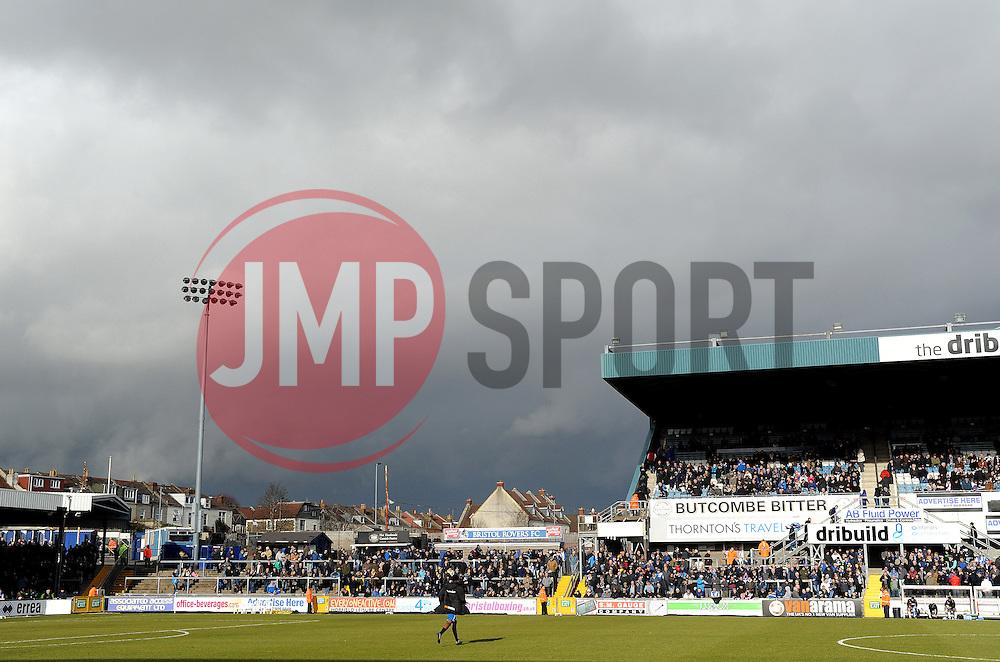 Dark skies - Photo mandatory by-line: Neil Brookman/JMP - Mobile: 07966 386802 - 21/02/2015 - SPORT - Football - Bristol - Memorial Stadium - Bristol Rovers v Altrincham - Vanarama Football Conference