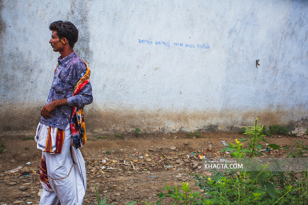 Portrait of a gujarti man at a wedding ceremony in a village in Gujarat